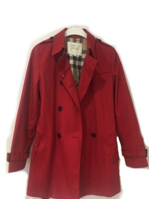 Burberry Trenchcoat rood