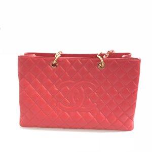 Red Chanel Shoulder Bag
