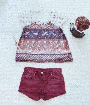 Red Wine | Weinrote Jeansshorts im Used-Look