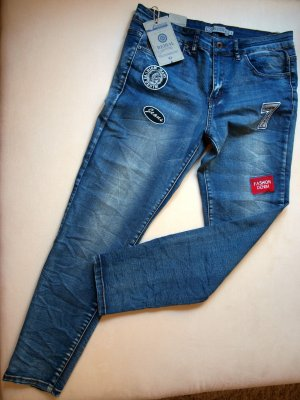 REDIAL Jeans mit Patches NEU