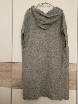 Gilet tricoté gris