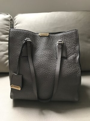 Burberry Shopper Tasche Modell  Burhan in grau taupe