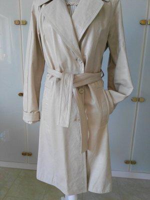 Manteau en cuir blanc cassé