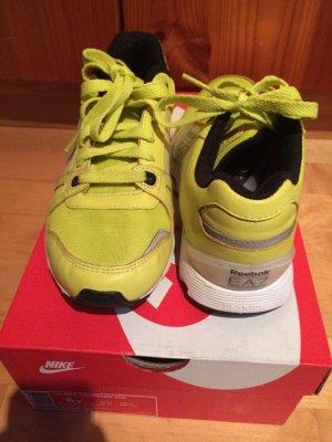 Reebok Armani Sneaker 37,5
