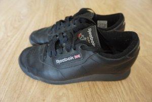 Reebok Classic Princess Sneaker in schwarz