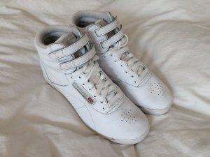 Reebok Classic Sneaker / weiß