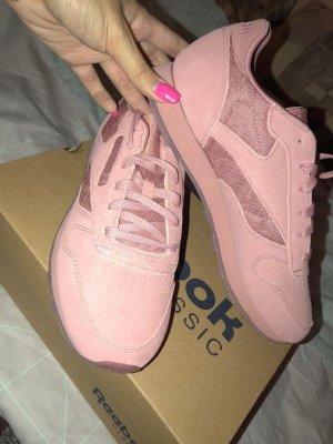 Reebok  Classic Sneakers Rosa