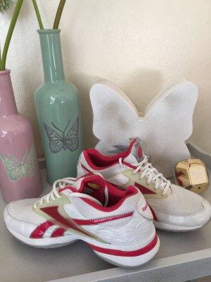Reebok easytone Sneaker Turnschuh Gr. 38,5 pink-weiß Sehr wenig getragen