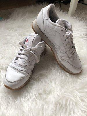 Reebok Slip-on Sneakers white