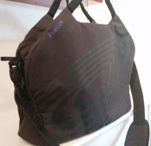 Reebok Fitnesstasche schwarz