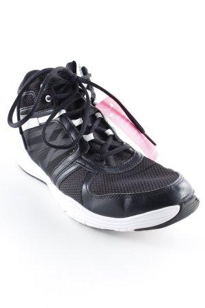 Reebok High Top Sneaker schwarz-weiß sportlicher Stil