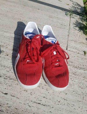 Reebok Outdoor Sneaker
