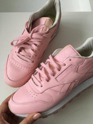 Reebok Schuhe in Rosa