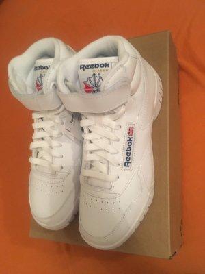 Reebok Schuhe in weiß / Neu mit Etikett / Unisex