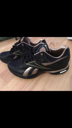 Reebok Schuhe super Zustand