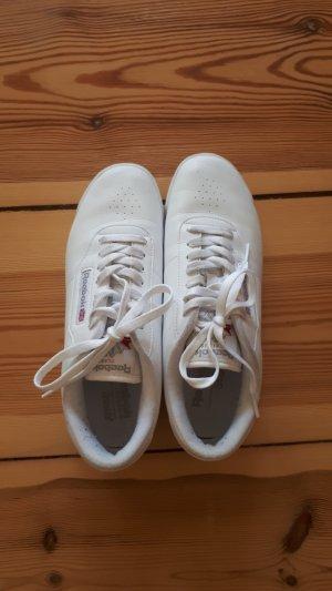 Reebok Sportschuhe zu verkaufen