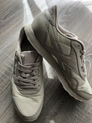 Reebok Lace-Up Sneaker oatmeal