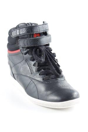 Reebok Sneaker con zeppa nero stile da moda di strada