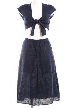 Reformation Kostüm dunkelblau sportlicher Stil