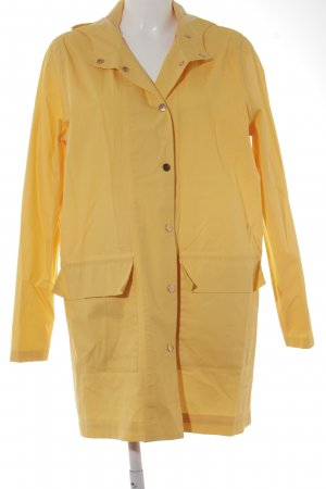 Heavy Raincoat dark yellow-neon red casual look