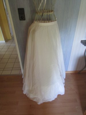 Falda con crinolina blanco