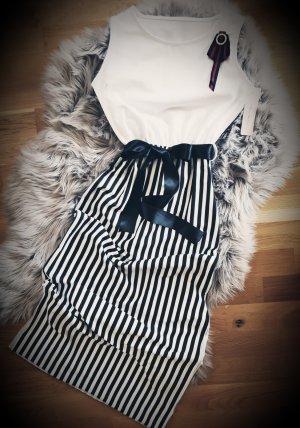 ☆Reinigung des Lagers☆Schön Italienische Kleid ☆