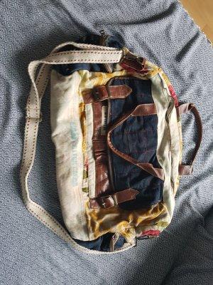 Reisetasche in bunt aus Stoff