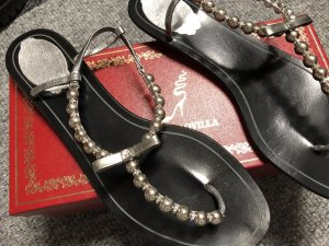 René Caovilla-Sandale mit Perlen