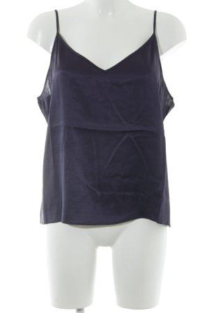 Repeat Top de tirantes finos violeta oscuro look casual