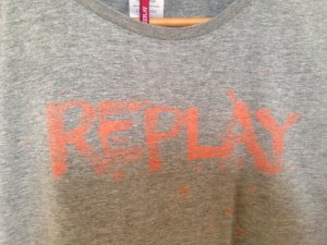 Replay Shirt mit Graffiti Print