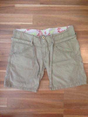 Replay Shorts Bermuda kurze Hose beige sand khaki leicht Sommer Urlaub