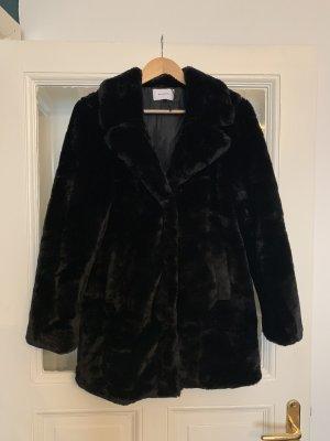 Reserved Fake Fur Mantel