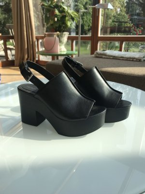 Reserved Heels