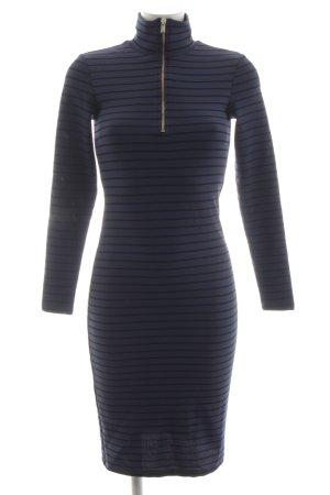 Reserved Vestido de tubo azul-negro estampado a rayas look casual