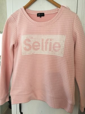 #reserved #selfie #fashion