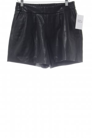 Reserved Shorts black casual look