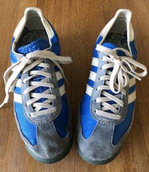 Retro Klassiker Adidas Sneakers in Blau und Grau. Sehr guter Zustand!