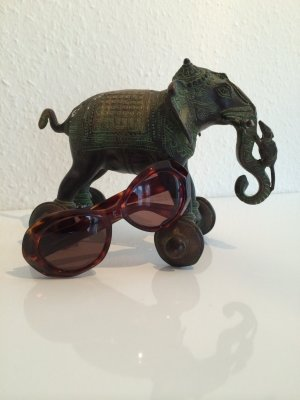Retro-Sonnenbrille von Laura Biagiotti