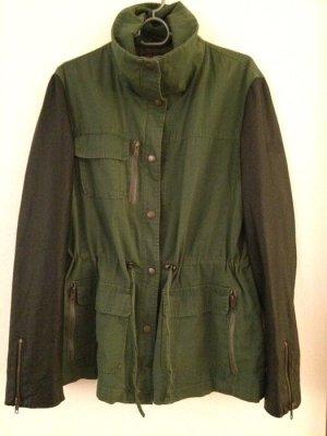 Reverso Lederjacke Gr. 42 grün schwarz Lederärmel Military Style