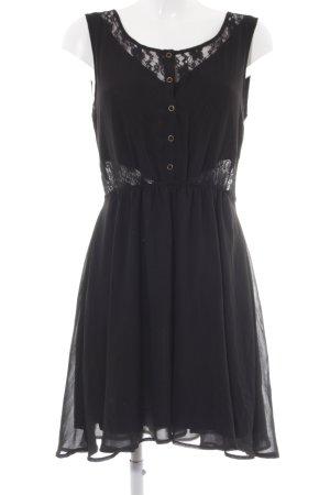 Review A-Linien Kleid schwarz Blumenmuster klassischer Stil