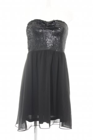 Review Abendkleid schwarz Party-Look