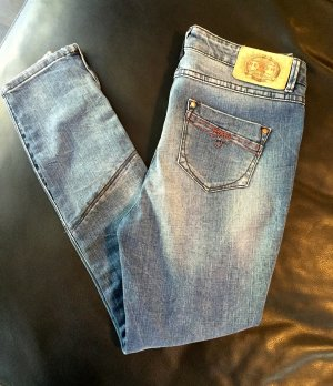 REVIEW Boyfriend Jeans Gr. W28/L32 - NEU - Last DAYS