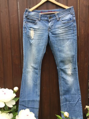 Review Jean