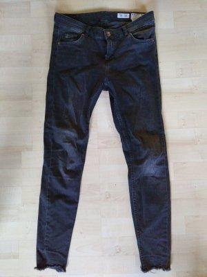 Review Jeans grau 28 used look
