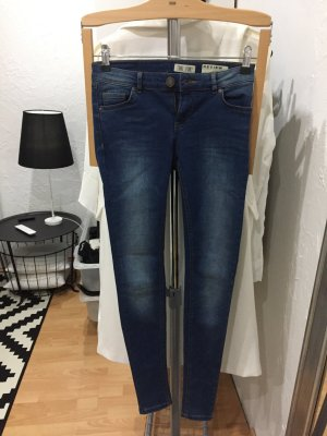 Review Jeans/Jeggings W26 NEU