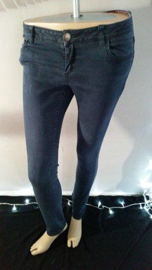 Review Jeans M Blau Strech / Röhre