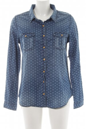 Review Denim Shirt blue-white abstract pattern casual look