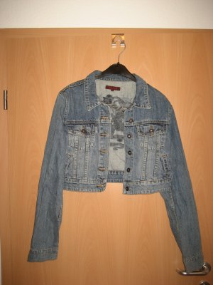 Review Jeansjacke in Kurzform bis zur 40