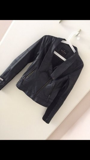 Review Veste en cuir noir
