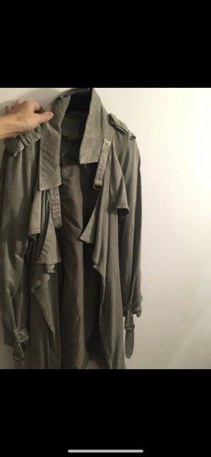 Review Mantel Khaki